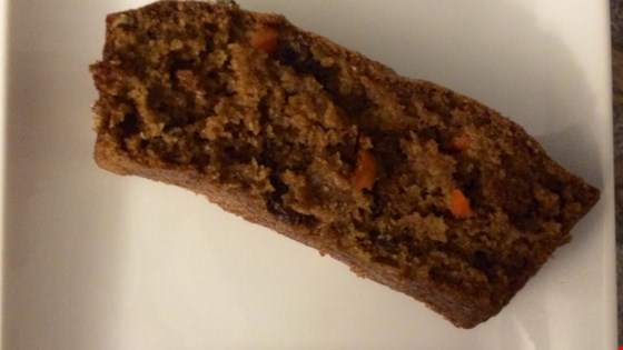'Mary Anne''s Moist and Nutty Carrot Loaf Recipe '